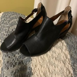 Women's shoes 8.5. Lucky Brand